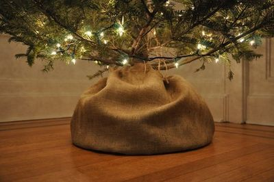 instead of a tree skirt, love this!