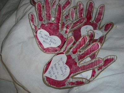 hand valentines sayings i wanna hold your hand valentine