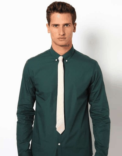Create a stylish look with this Oxford Men Green And Multi Check shirt. Woven in Egyptian cotton. this check shirt has a fine finish.  • 100% Egytptain Cotton  • Classic collar  • French cuff  • Oxford Men  â&...