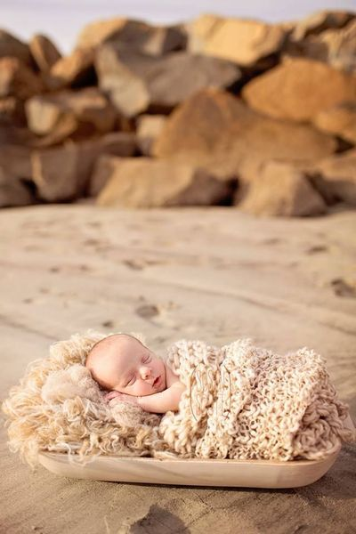 49521a756 Susan Scott Photography beach newborn session   baby time! - Juxtapost
