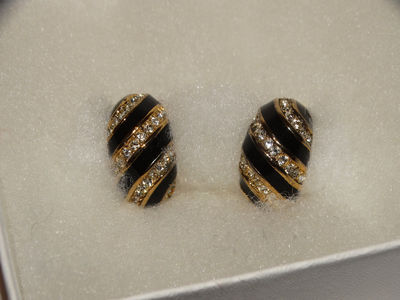 Christian Dior Gold Plated Highly Sparkling Swarovski Rhinestones Clip Earrings. $68.75