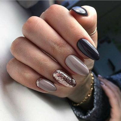 Hey there lovers of nail art! In this post we are going to share with you some Magnificent Nail Art Designs that are going to catch your eye and that you will want to copy for sure. Nail art is gaining more�€� Read more