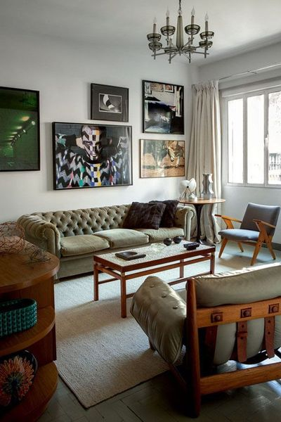 The home of Sergio Zobaran is filled with amazing mid century modern furnishings, some of which represent designers from his home country, Brazil. I love...