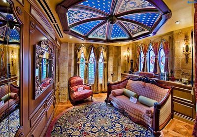 I want to stay at the Cinderella Castle Suite before I die!