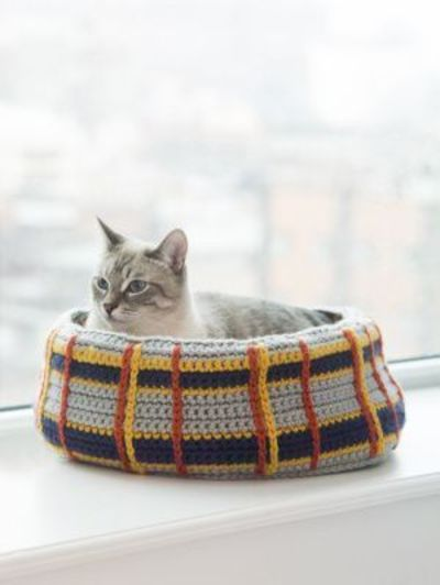 Crochet Free Pattern Curl Up Kitty Cat Bed Pets Haken