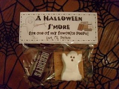 An All Hallows S'more gift bag. Could also be cute for scouts if we have an outdoor event in october