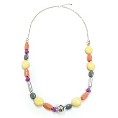 Buy this beautiful multicolored pebble shape necklace for your evening party. It comes with a lobster clasp and chain extender. You can buy this from Yoko's fashion, the leading wholesaler of Manchester.