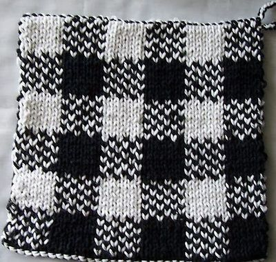 FREE PATTERN: Double knit pot holder / knits and kits - Juxtapost