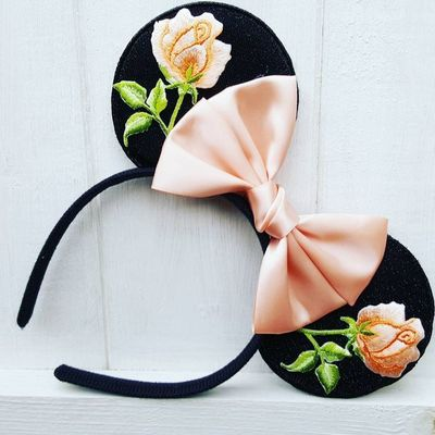 Peach embroidered rose ears #diy #mickeyears #disney #minnieears #disneyears #craft #disneycraft