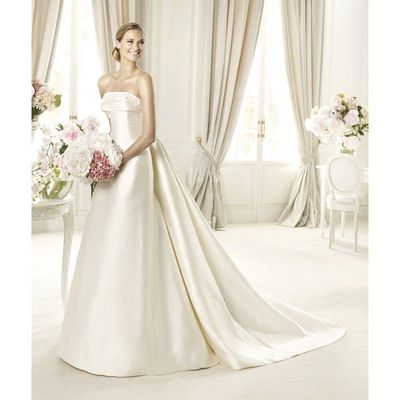 Simple A-line Strapless Lace Sweep/Brush Train Satin Wedding Dresses - Dressesular.com