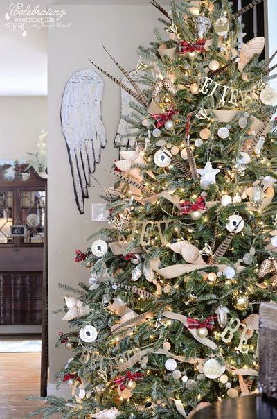 Angel Wings Hunt Country Inspired Christmas Tree Ralph