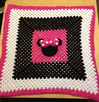 Minnie Mouse Crochet Baby Blanket on Etsy, USD35.00 ...