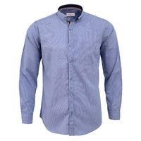 Create a stylish look with this Oxford Men blue textured casual shirt. Woven in Egyptian cotton. this casual shirt has a fine finish.  �€� 100% Cotton  �€� Classic collar  �€� Full Sleeve  �€� Oxford Men  �€� Ma...