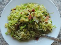 I love brussel sprouts. Sadly, they get a pretty bad rap sometimes, but I honestly think if they're prepared properly, everyone would love them! Growing up, I t