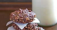 Loaded with chocolate and peanut butter flavors and lots of good for you fuel, Chocolate Peanut Butter Breakfast Cookies make a great breakfast!