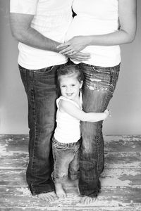 Great family pose : )