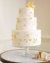 For as long as brides have dreamed of multitier wedding cakes, they have envisioned icing swirls and swags adorning them. Today's bakers (and brides) continue t