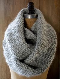 Our Fluted Cowl combines two of our very favorite things: elegant drama and Super Soft Merino! If you haven't heard, Super Soft Merino is Purl Soho's new, very own yarn, and we couldn't be happier about it! A loosley spun single ply of 100&#37...