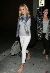 kristin cavallari. Maternity fashion style. I take this as my fat style, but she's still too thin.