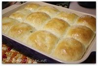 Mommy's Kitchen: Quick Fluffy Dinner Rolls {Potluck Sunday} & A Giveaway Winner