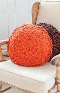 "Free pattern for ""Puff Stitch Round Pillows""!"