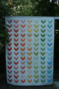 Rainbow Chevron Twin Quilt: A Tutorial | leedle deedle quilts