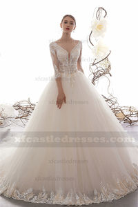 V Neck Tulle Lace Ball Gown Wedding Dress with Sleeves