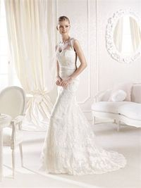 Romantic mermaid scoop the shoulder sweep train lace wedding dresses