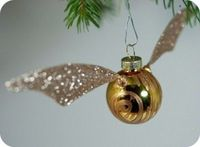 Christmas Snitch?! Of course!