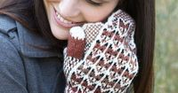Free knitting pattern by Patons for fox in the snow mittens
