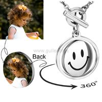 Personalized Photo Print Necklace for Her https://www.gullei.com/personalized-photo-print-necklace-for-her.html