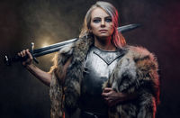 Ailyn Ghontasavos, Ambassador from the Adventurer's Guild in Oppara. The Adventurer's Guild in Lankhmar was disbanded on orders of the Lord Mayor Birchbeer, upon taking office 30 years ago, to prevent the possibility of revolt from armed and r...