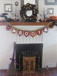 Love2Bloom: It's a Crochet Halloween Bunting Pattern Party!