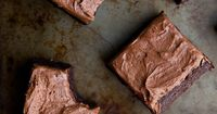 Two types of chocolate plus bourbon make these Double Chocolate Bourbon Brownies a smash hit. Because who doesn't like boozy baking?!
