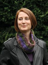 Check 20that 20cowl small2 Free cowl pattern by Sarah Woodhouse on Knit Rowan site