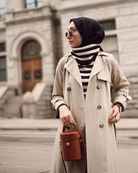 Turtleneck Look Ideas That'll Elevate Your Winter Hijab Style