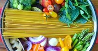 7 Super Easy (And Fast) One-Pot Pasta Recipes http://www.eatclean.com/recipes-how-to/easy-one-pot-pasta-recipes
