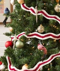Holiday Ripple Garland Free Crochet Pattern from Red Heart Yarns