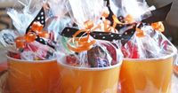 Pen N' Paperflowers: SUGAR | Halloween Lollipops - love this packaging!