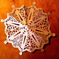 Ood Snowflake Tutorial. This page also has a ton of other great Dr. Who crafts.