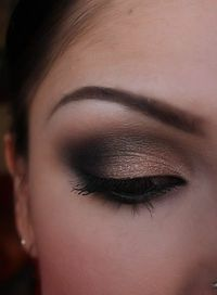 wow - makeup - Click image to find more Wedding & Events Pinterest pins