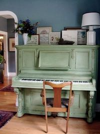I think if I had this piano I'd be more inclined to play more often :) So. cute.