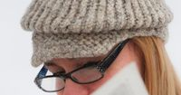 LOOM KNIT FELTED NEWSBOY HAT free pattern. Knit this cute hat in one evening!