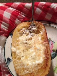 THM (S) - Stuffed Spaghetti Squash, shared by Julie Carroll-Despres - Cut squash. Cover in coconut oil and garlic salt. Bake upside down at 375 til inside is soft. Flip over and stuff with Precooked ground beef. Cover with Alfredo and parmesan &am...