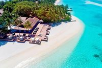Sheraton Maldives - Sheraton Maldives to Full Moon Resort & Spa, a tropical paradise located on its own island. It is a magnet for those seeking stunning white sandy beaches and warm turquoise lagoons.