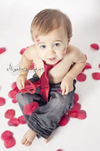 valentine mini session portraits with red rose and kisses, May have to have a mini session with my Wy. This would be adorable!
