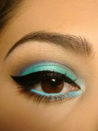 Clean neat eye liner and shadow.