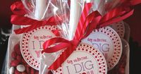 Valentine's Day Label, Tag, Sticker - PRINTABLE - Hey Valentine...I Dig You by Flair Designery