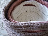 """Free pattern for these cute """"Baskets"""" by Anna Simple Crochet!"""