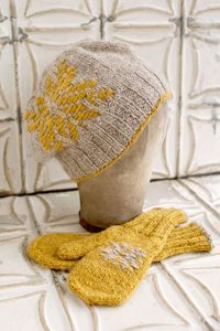 Mount Airy Hat & Mittenscreated by O Wool. DESIGNER: Jocelyn J. Tunney FINISHED SIZE: Hat: 18�€ circumference at rib, unstretched. 26�€ circumference at largest point. 9�€ long. Mittens: 6.25�€ circumference at rib, unstretch...